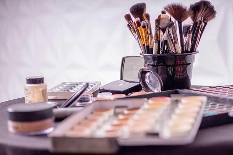 sell cosmetics