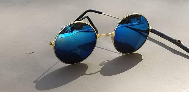 Figure 8 Round Sunglasses