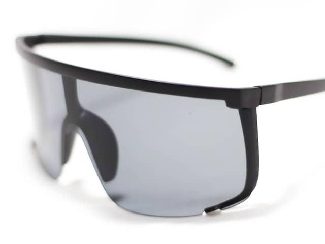 Figure 9 One Piece Sunglasses