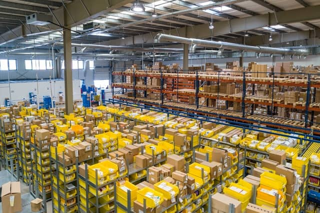 Use a Warehousing Service