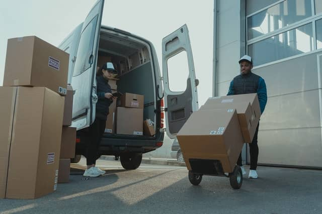 Shipping policy for dropshipping