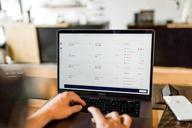 How are dropshippers affected by returns?